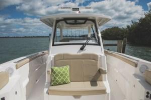 Pursuit S328 Sport barche a motore 3