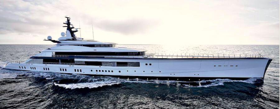 yacht jerry jones