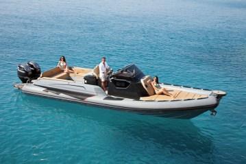 Il rib Cayman 38, gommone di Ranieri