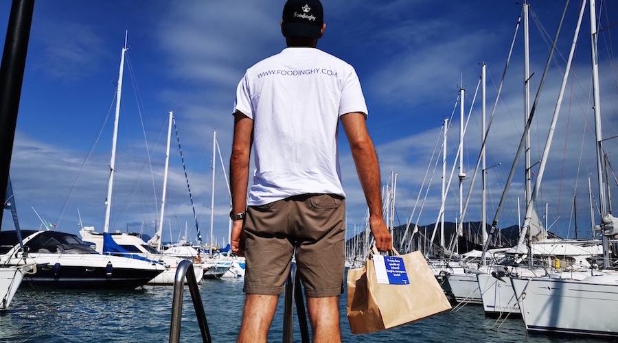 Foodinghy boat