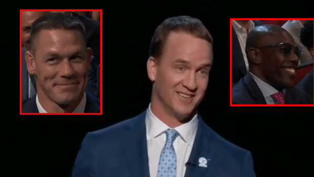 Peyton Manning took aim at a ton of athletes in his hilarious ESPYS opening monologue - Article - BARDOWN
