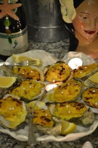 Oysters with Pearls real ones_small