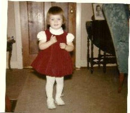 pretty red dress_small
