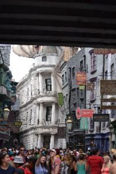 Diagon Alley way_small