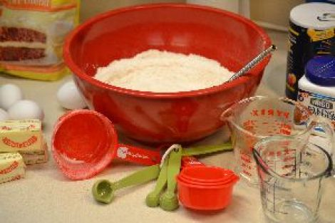 mix dry ingredients in a separate bowl_small