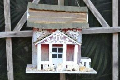 bread in the birdhouse_small