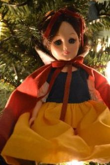 Snow White on top of my tree_small