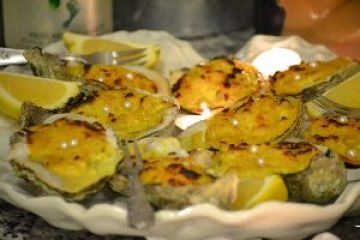 Christmas/Kalikimaka Oysters on the Grill