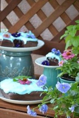 cakes herbs flowers_small