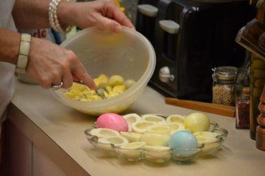 smashing the egg yolks_small