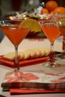 N and N cocktail with cookies_small