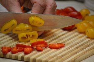chopping the pretty veggies_small