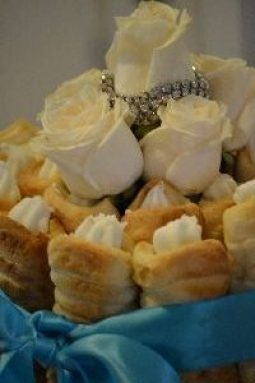 roses and cream horns_small
