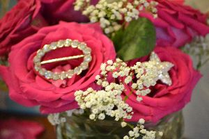 roses and jewelry_small