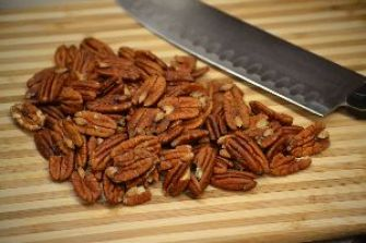 17 chop your pecans_small
