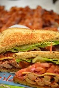 bacon-turkey-sandwich-for-leftovers_small