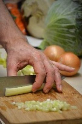 17 chopping celery_small