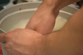 Brodie making sticky rice 3_small