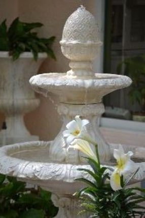 Our Easter Fountain_small