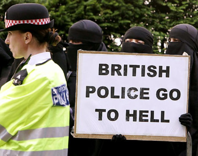 londonistan-british-police-go-to-hell
