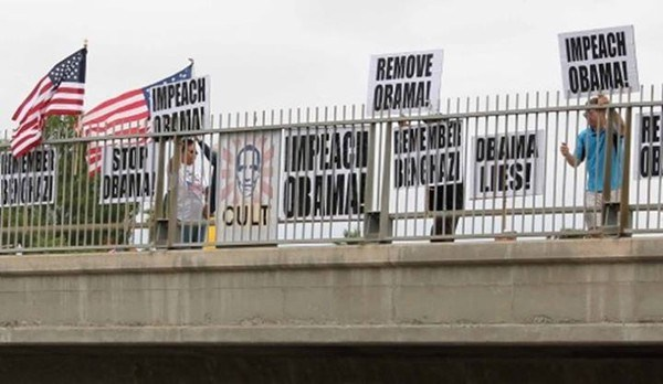 impeach-obama-overpass