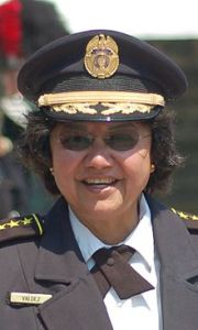 220px-Dallas_County_Sheriff_Lupe_Valdez