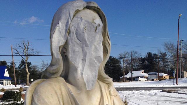 vineland+statues+defaced