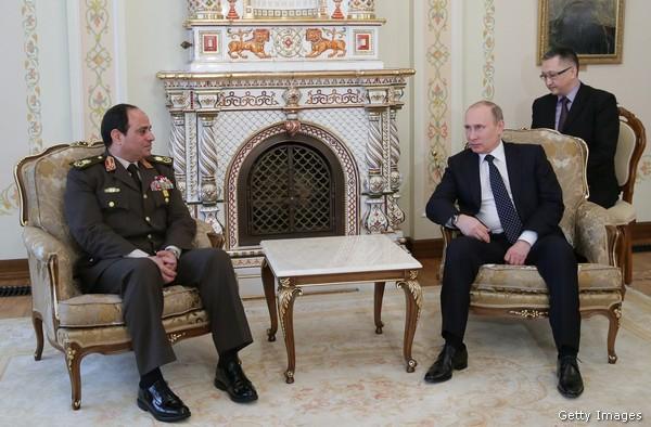 Presidente aparente, ex jefe del ejército egipcio Abdel Fattah al-Sisi ha formado nuevos lazos con el presidente ruso, Vladimir Putin