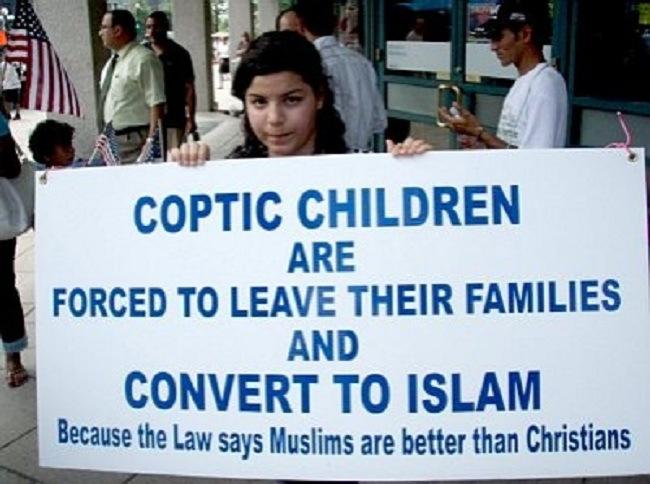 copto-niños-forzado-a sus familias sin enjuague