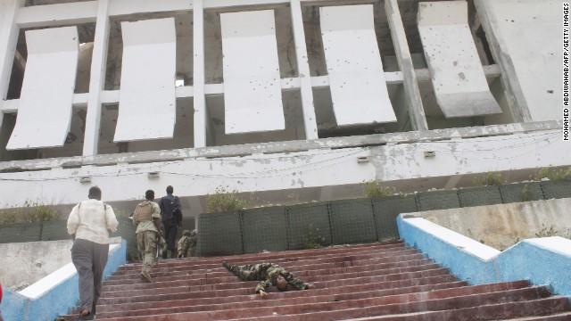 140524150635-04-somalia-attack-horizontal-gallery