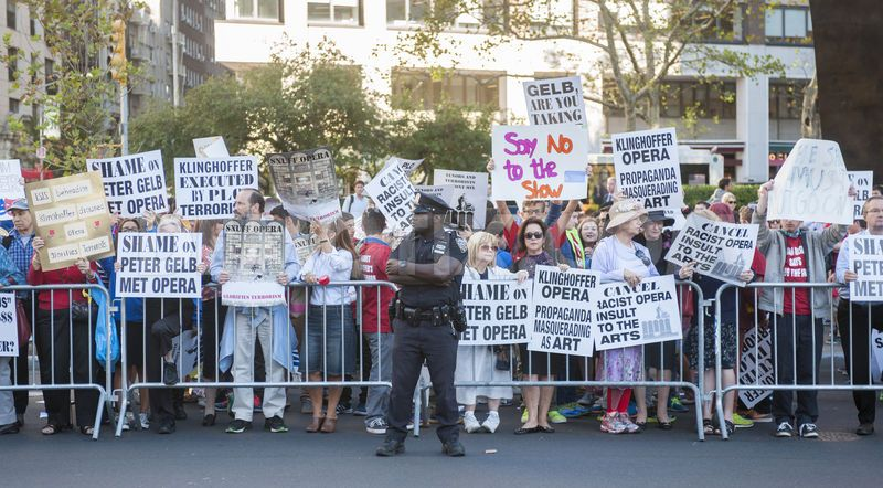 1411431657-protest-against-met-opera-performance-of-death-of-klinghoffer_5840490