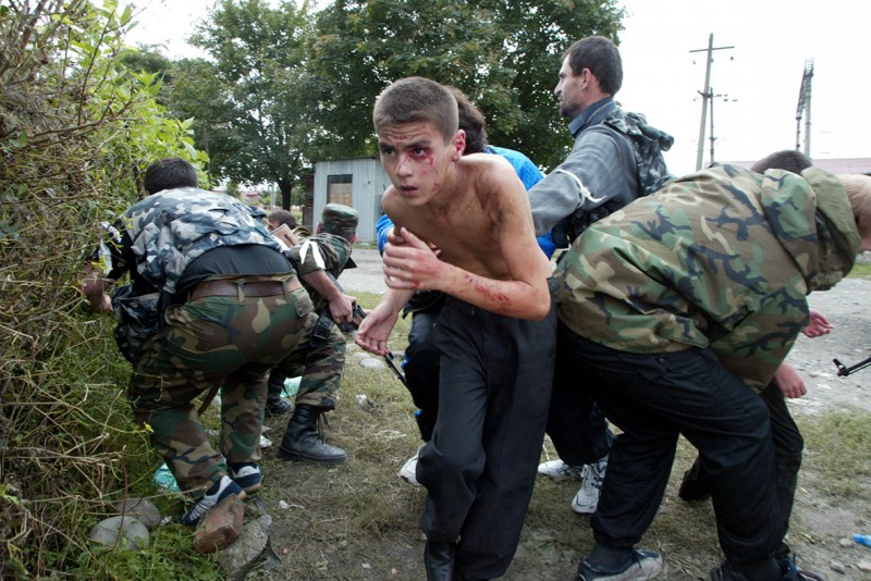 beslan-school-hostage-crisis-masscare-2004-2