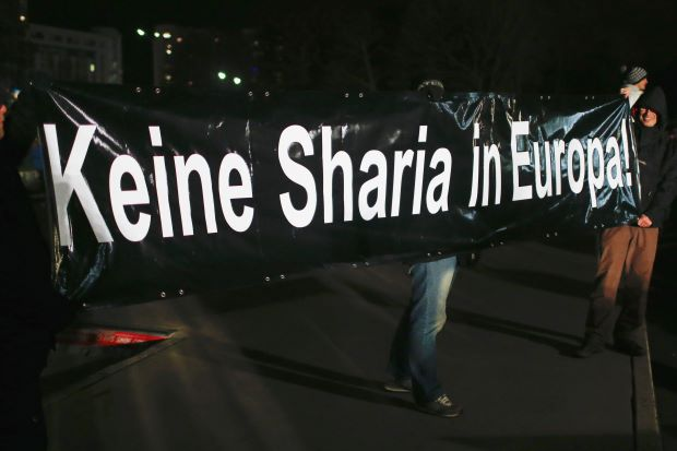 """NO SHARIA IN EUROPE"""