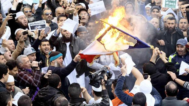 anti-charlie-Hebdo-protestas