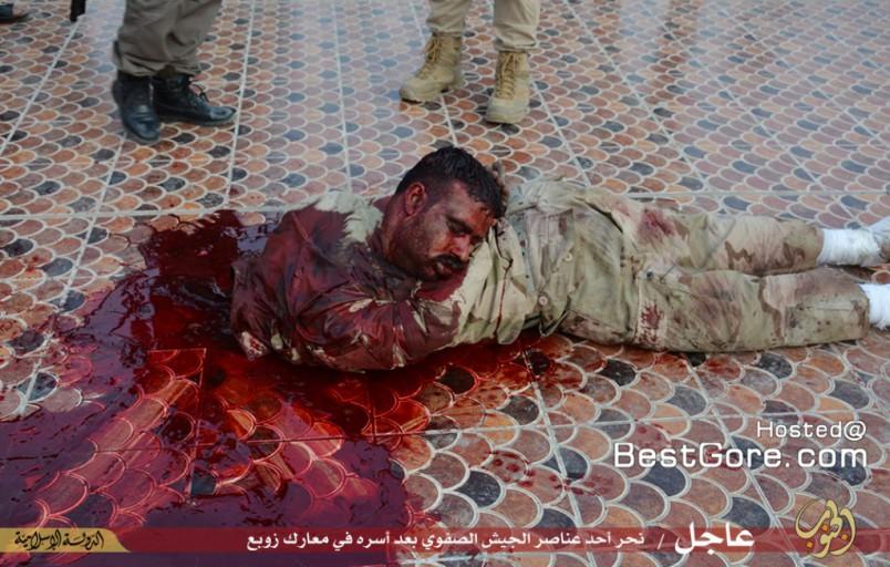 isis-executes-soldier-fallujah-06-1024x652