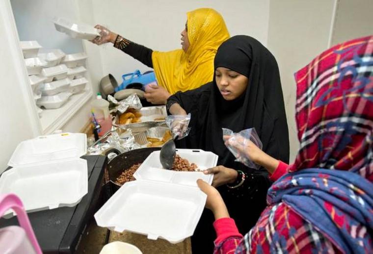 Somali Muslims demand more FREE Halal food banks