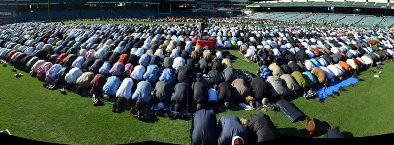 Over 20,000 Muslims Lift Their Asses To Allah in American baseball stadium field