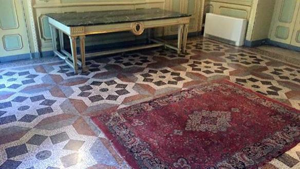 'Moschea' in Comune Torino, blitz Lega Nord, tolto tappeto