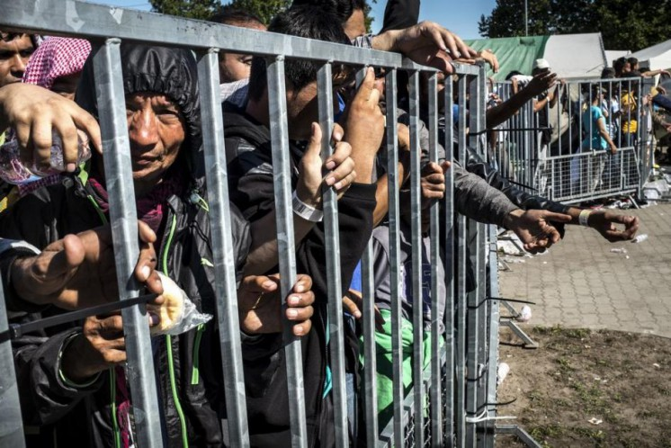 Hungary is caging the Muslim animals in detention camps