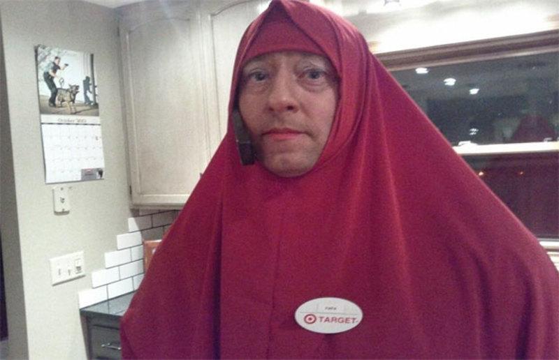 At Paul policeman dressed up as Muslim baghead