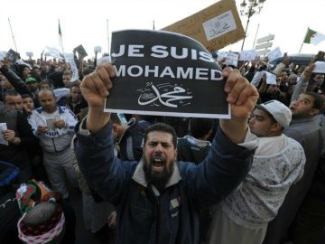 Charlie-Hebdo-protesta-mohamed-AP-640x480