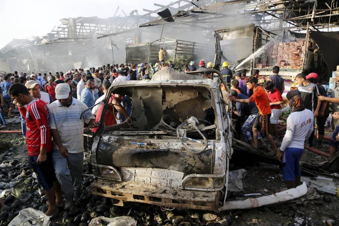150813-baghdad-explosion-jpo-301a_6607ea4e45042511cb6739cc61fad662.nbcnews-ux-2880-1000