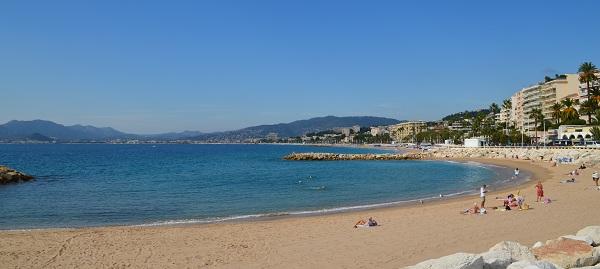 plage-cannes-bd-midi