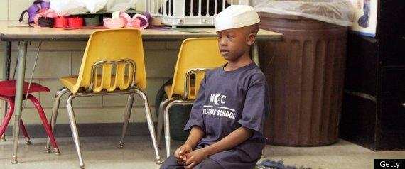 rmuslimschoolprayerlarge5701-vi