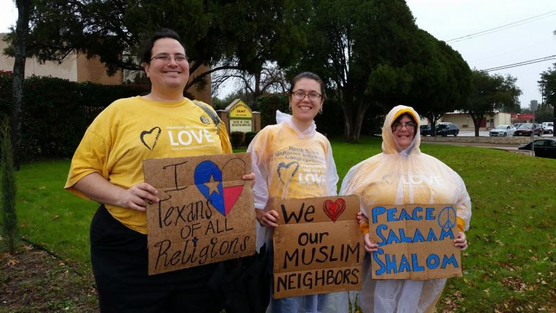 muslims-welcome-show-of-solidarity