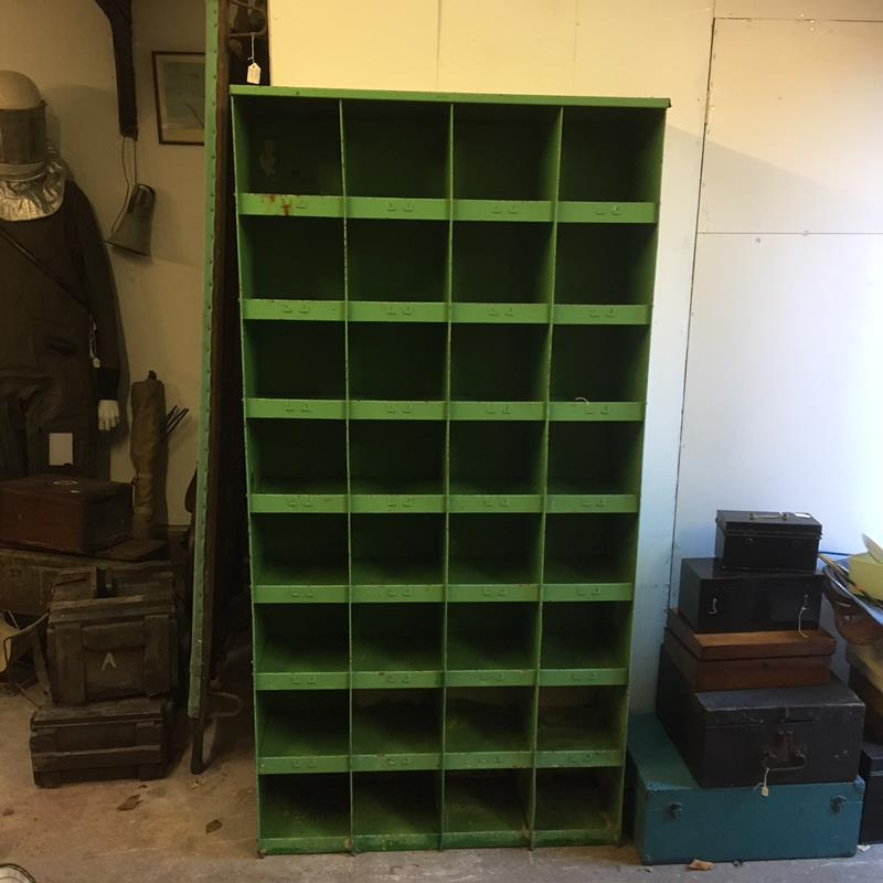 Green Insustrial Storage Shelf opt