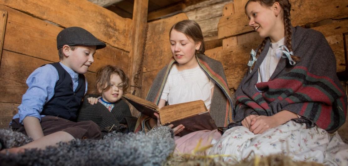 Barnen läser Bibeln
