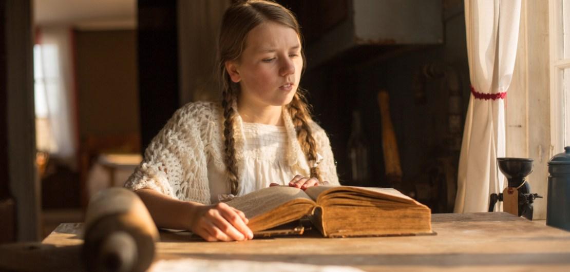 Ophelia läser Bibeln