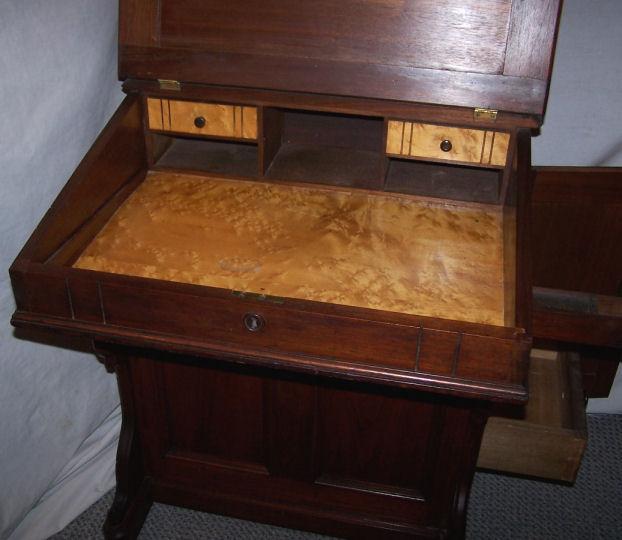 Captains Davenport Desk