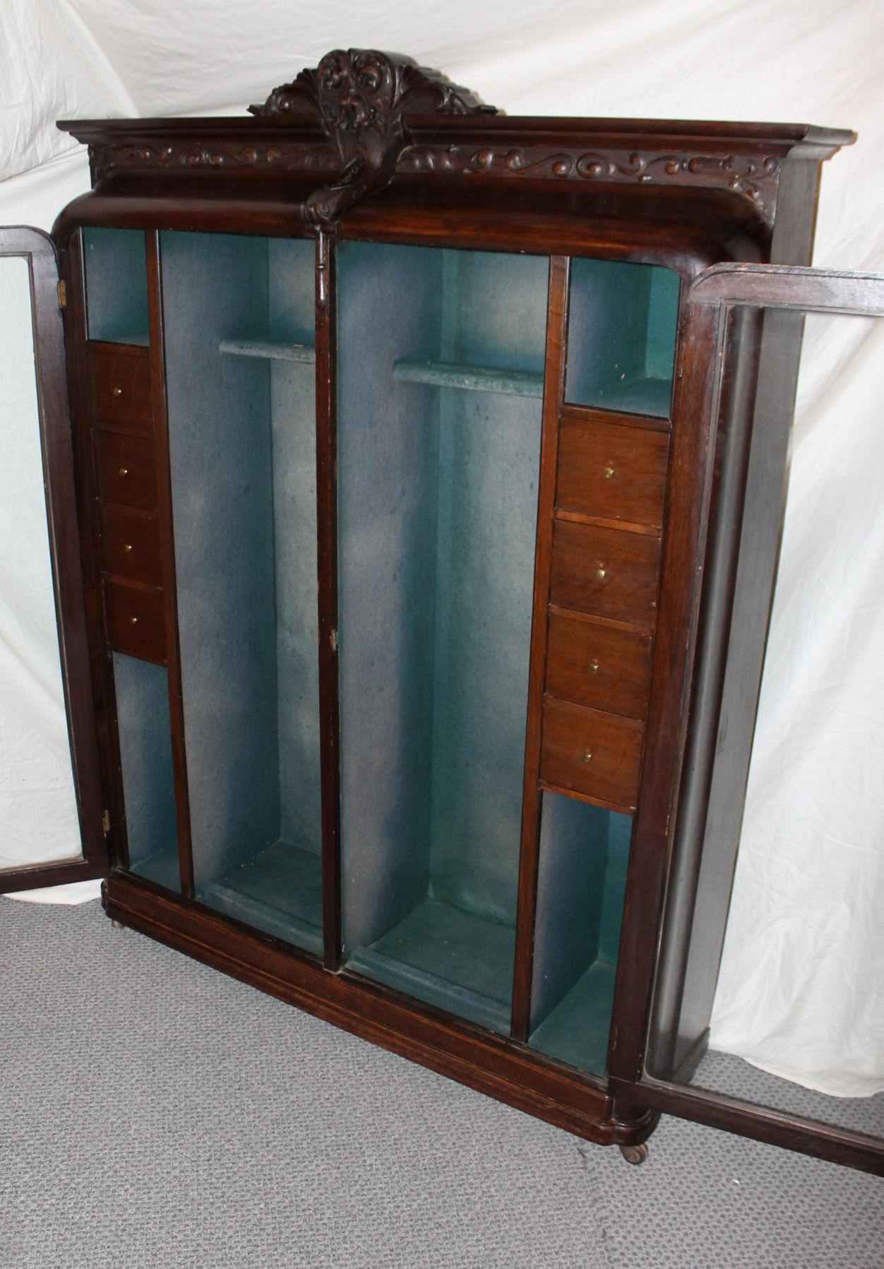 Bargain Johns Antiques Rare Oak Antique Gun Cabinet